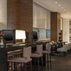 Отель Sheraton Grand Hotel, Dubai ОАЭ, Дубай - 1 отзыв об отеле, цены и фото номеров - забронировать отель Sheraton Grand Hotel, Dubai онлайн питание