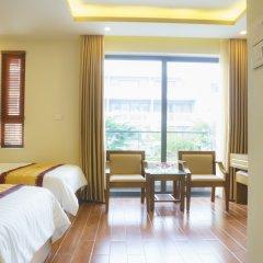 Ruby Hotel комната для гостей