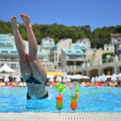 Orka Sunlife Resort & Spa Турция, Олудениз - 3 отзыва об отеле, цены и фото номеров - забронировать отель Orka Sunlife Resort & Spa онлайн бассейн фото 3