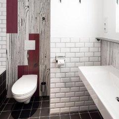 Отель Generator Paris Франция, Париж - 5 отзывов об отеле, цены и фото номеров - забронировать отель Generator Paris онлайн ванная фото 2