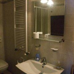 Отель Albergo Ristorante Centrale Италия, Тецце-суль-Брента - отзывы, цены и фото номеров - забронировать отель Albergo Ristorante Centrale онлайн ванная фото 2