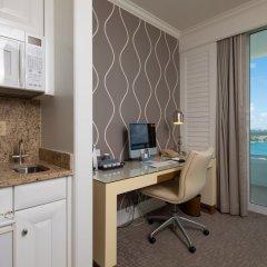 Отель Fontainebleau Miami Beach в номере фото 2