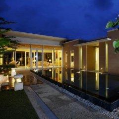 Отель Splash Beach Resort by Langham Hospitality Group бассейн