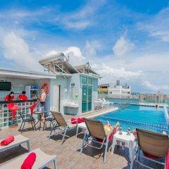 Отель Hallo Patong Dormtel And Restaurant Патонг бассейн