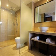 Отель Relax Season Hotel Dongmen Китай, Шэньчжэнь - отзывы, цены и фото номеров - забронировать отель Relax Season Hotel Dongmen онлайн ванная