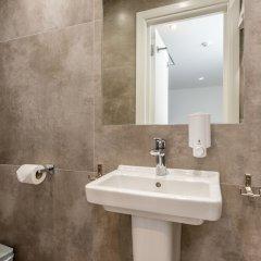 Отель Queens Drive Hotel Великобритания, Лондон - отзывы, цены и фото номеров - забронировать отель Queens Drive Hotel онлайн ванная фото 6
