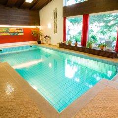 Garni - Hotel Rinner Julia Лачес бассейн