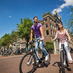 Отель Sint Nicolaas Нидерланды, Амстердам - 1 отзыв об отеле, цены и фото номеров - забронировать отель Sint Nicolaas онлайн спортивное сооружение
