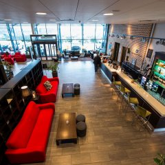 Park Inn by Radisson Oslo Airport Hotel West интерьер отеля
