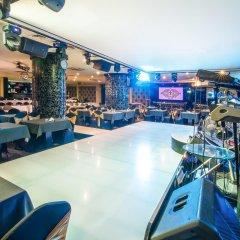 Grand Excelsior Hotel Deira развлечения