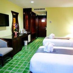 Отель Duangjitt Resort, Phuket комната для гостей фото 2