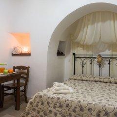Отель Trulli Family Альберобелло комната для гостей