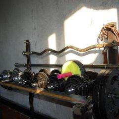 Гостиница Club of Active Recreation Action фитнесс-зал фото 2