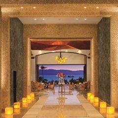 Отель Now Amber Resort & SPA интерьер отеля