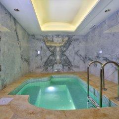 Oran Hotel бассейн