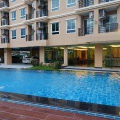 Отель V Residence бассейн