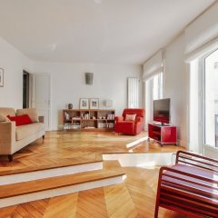 Отель Luminous Apt near Galerie Lafayette Париж комната для гостей фото 4