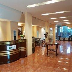 Отель S.E.T Thanmongkol Residence Бангкок интерьер отеля фото 2