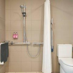 Отель Moxy Glasgow Merchant City Великобритания, Глазго - отзывы, цены и фото номеров - забронировать отель Moxy Glasgow Merchant City онлайн ванная