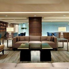 Отель DoubleTree by Hilton Montreal Канада, Монреаль - отзывы, цены и фото номеров - забронировать отель DoubleTree by Hilton Montreal онлайн гостиничный бар