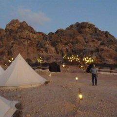 Отель The Rock Camp Иордания, Петра - отзывы, цены и фото номеров - забронировать отель The Rock Camp онлайн спортивное сооружение