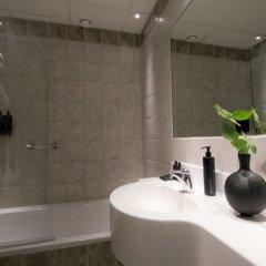 Отель C Stockholm Швеция, Стокгольм - 10 отзывов об отеле, цены и фото номеров - забронировать отель C Stockholm онлайн ванная