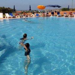 Отель Mar a Vista бассейн