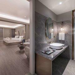 Отель Mercure Shanghai Yu Garden Китай, Шанхай - 1 отзыв об отеле, цены и фото номеров - забронировать отель Mercure Shanghai Yu Garden онлайн ванная
