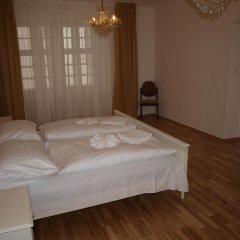Апартаменты Castle apartment Прага комната для гостей