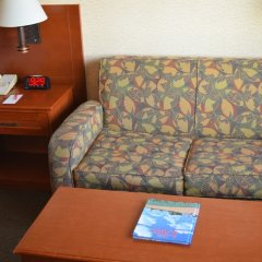 Gateway Hotel and Conference Center комната для гостей фото 3