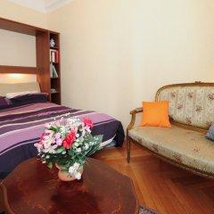 Отель Appartement Minuetto - 5 Stars Holiday House Ницца комната для гостей фото 5