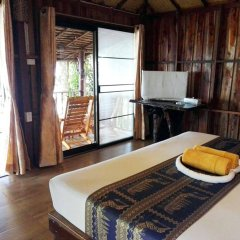 Отель Koh Jum Resort в номере фото 2