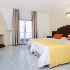 Отель Globales Cortijo Blanco комната для гостей