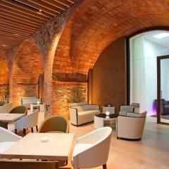 Отель ABaC Restaurant & Hotel Испания, Барселона - отзывы, цены и фото номеров - забронировать отель ABaC Restaurant & Hotel онлайн гостиничный бар