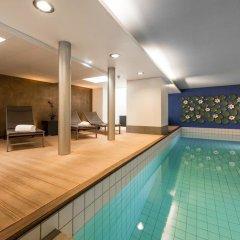 Hotel Ambassador бассейн фото 3