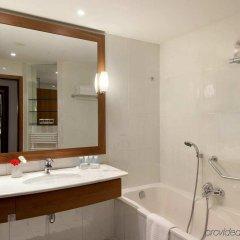 Отель Marriott Lyon Cité Internationale Франция, Лион - отзывы, цены и фото номеров - забронировать отель Marriott Lyon Cité Internationale онлайн ванная