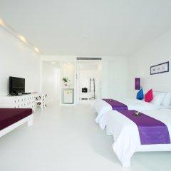 Отель The Old Phuket - Karon Beach Resort 4* Стандартный номер с разными типами кроватей фото 11