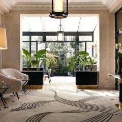 Отель Les Jardins du Faubourg интерьер отеля