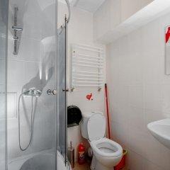 Гостиница Hostel Just Lviv It! Украина, Львов - 6 отзывов об отеле, цены и фото номеров - забронировать гостиницу Hostel Just Lviv It! онлайн ванная