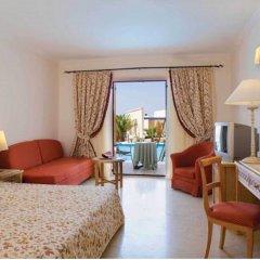 Отель Mitsis Family Village Beach Hotel - All Inclusive Греция, Кардамена - отзывы, цены и фото номеров - забронировать отель Mitsis Family Village Beach Hotel - All Inclusive онлайн комната для гостей фото 5
