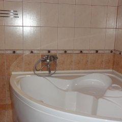 Гостиница Gorod Shakhmat в Элисте отзывы, цены и фото номеров - забронировать гостиницу Gorod Shakhmat онлайн Элиста ванная