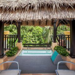 Отель Movenpick Resort & Spa Karon Beach Phuket бассейн