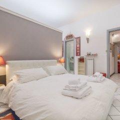 Апартаменты Torre Argentina Charming Apartment комната для гостей фото 4