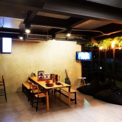 Wayha Hostel Don Mueang Airport интерьер отеля