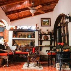 Отель Casa Gabriela Гондурас, Копан-Руинас - отзывы, цены и фото номеров - забронировать отель Casa Gabriela онлайн интерьер отеля
