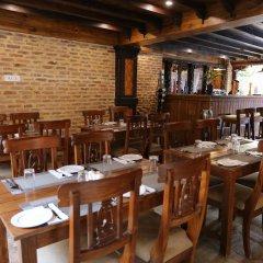 Отель Pahan Chhen - Boutique Hotel Непал, Лалитпур - отзывы, цены и фото номеров - забронировать отель Pahan Chhen - Boutique Hotel онлайн питание