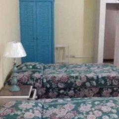 Отель Village Hotel Ямайка, Очо-Риос - отзывы, цены и фото номеров - забронировать отель Village Hotel онлайн комната для гостей фото 4