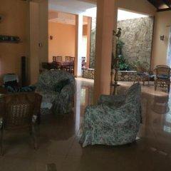 Отель Saaketha House Шри-Ланка, Пляж Golden Mile - отзывы, цены и фото номеров - забронировать отель Saaketha House онлайн интерьер отеля фото 3