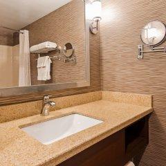 Отель Best Western Plus Rama Inn & Suites ванная фото 2
