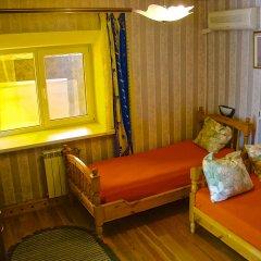 Гостиница Мини-гостиница Бердянская 56 в Ейске отзывы, цены и фото номеров - забронировать гостиницу Мини-гостиница Бердянская 56 онлайн Ейск комната для гостей фото 2